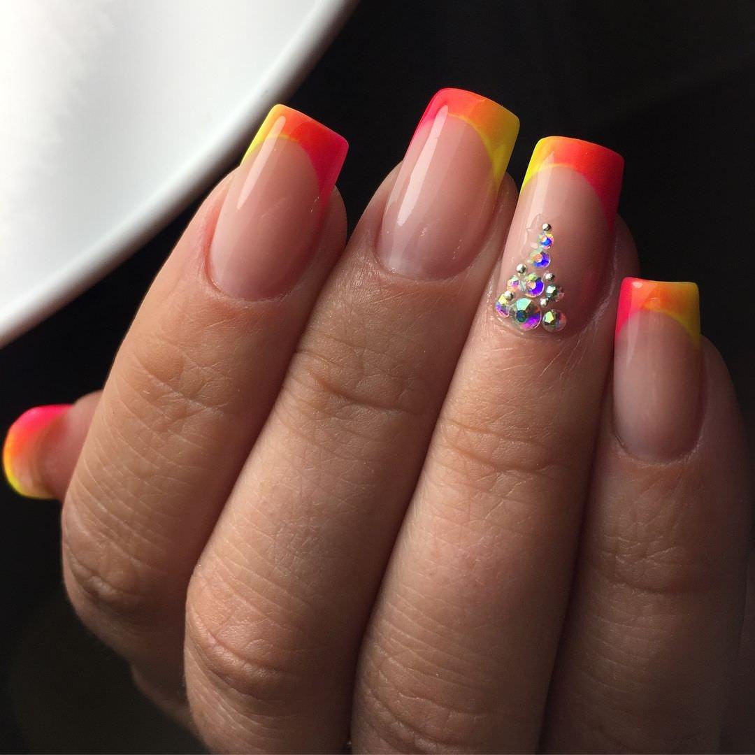 того, хранение картинки ногтей с разноцветным френчем фото для видео автор