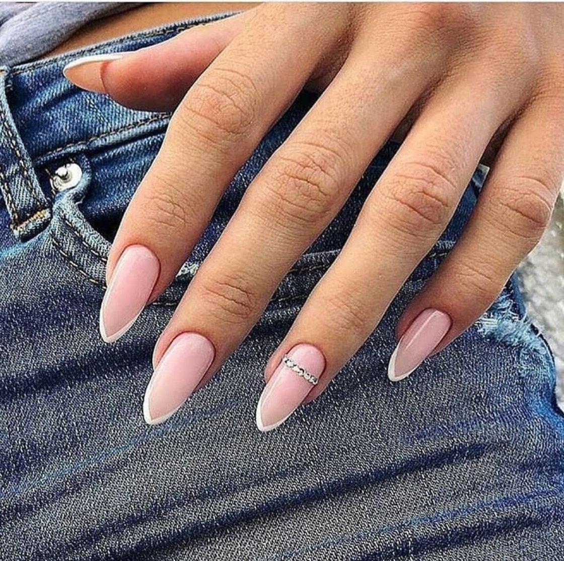 Дизайн ногтей гель лаком с объемными цветами фото одна