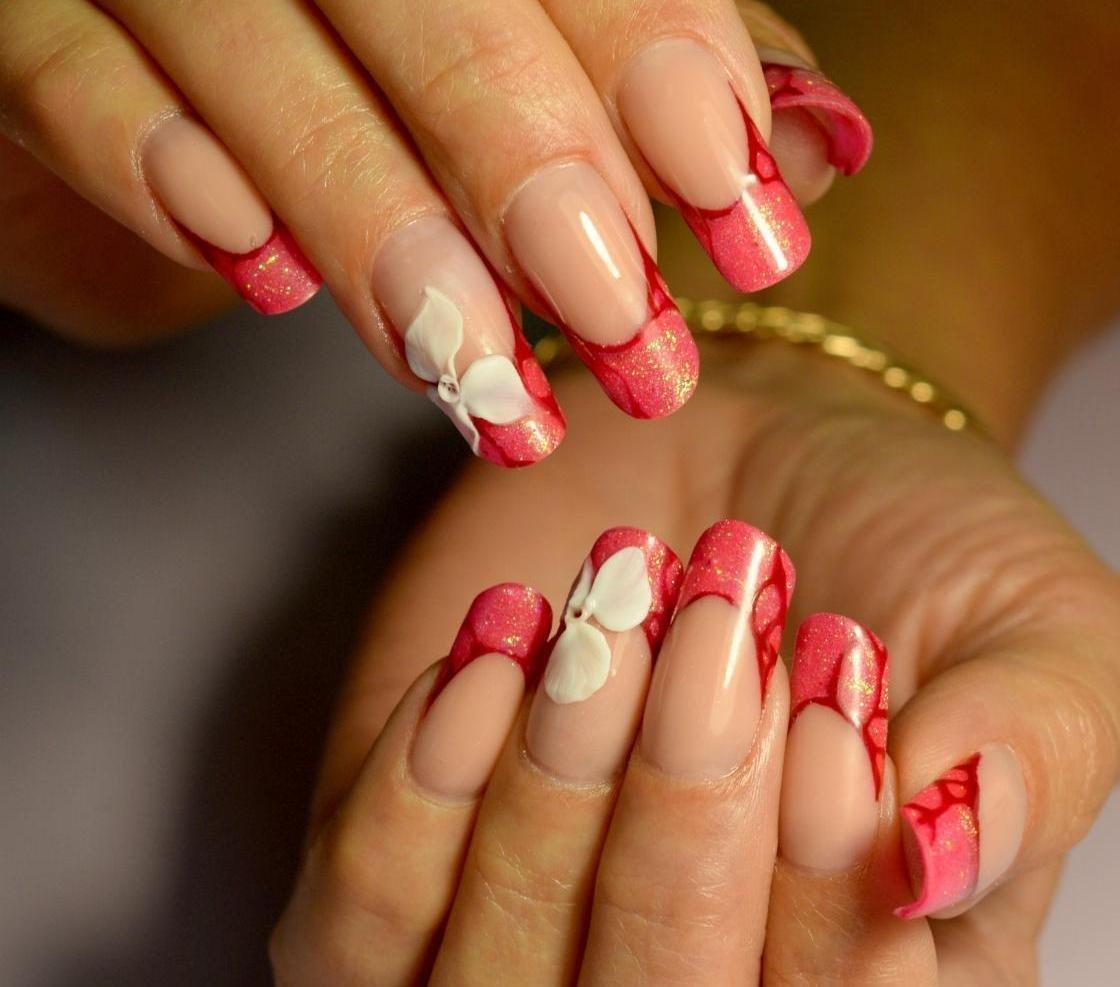 наращивание ногтей красный френч фото новинки них есть праздничный