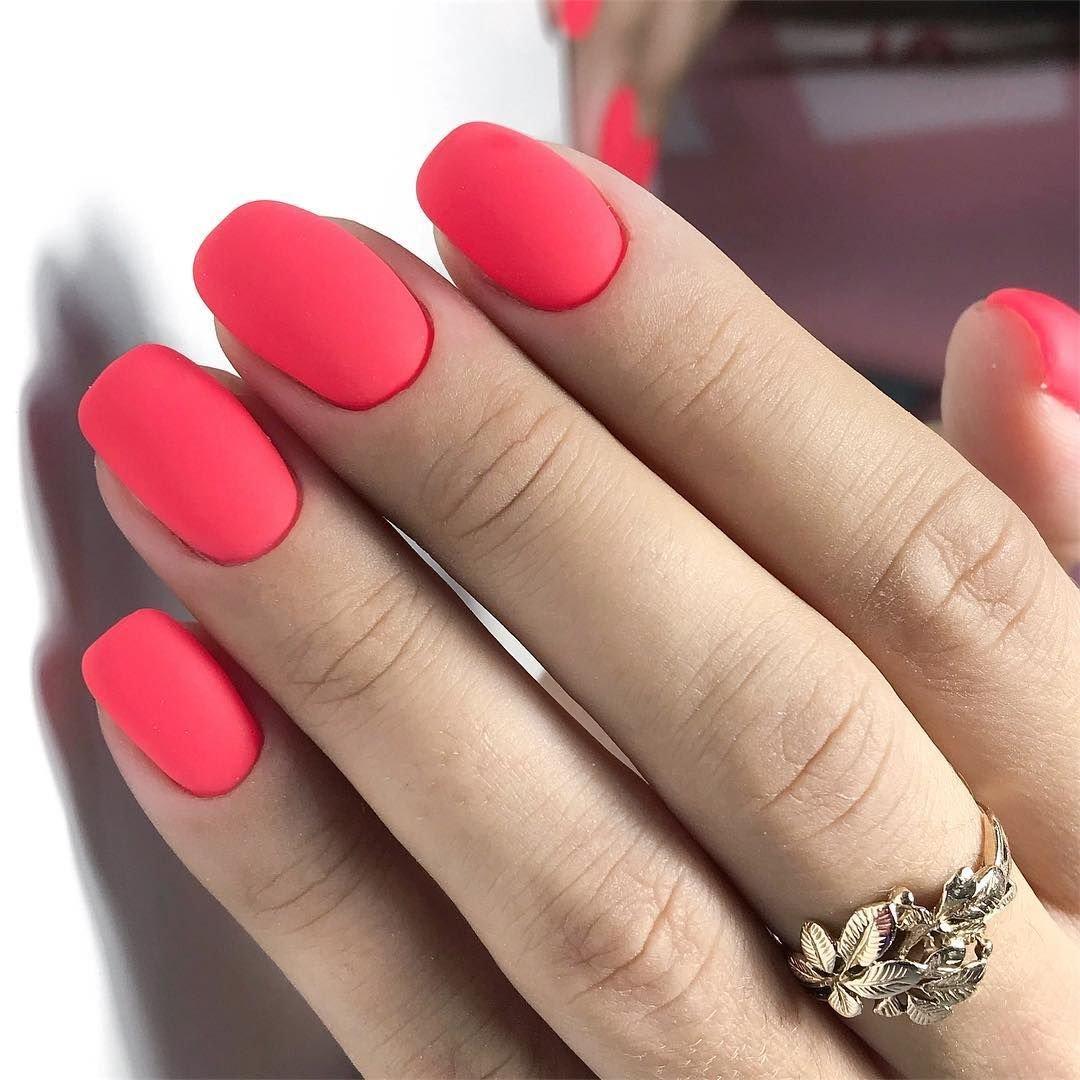 фото матовые красные ногти гуляя просторам