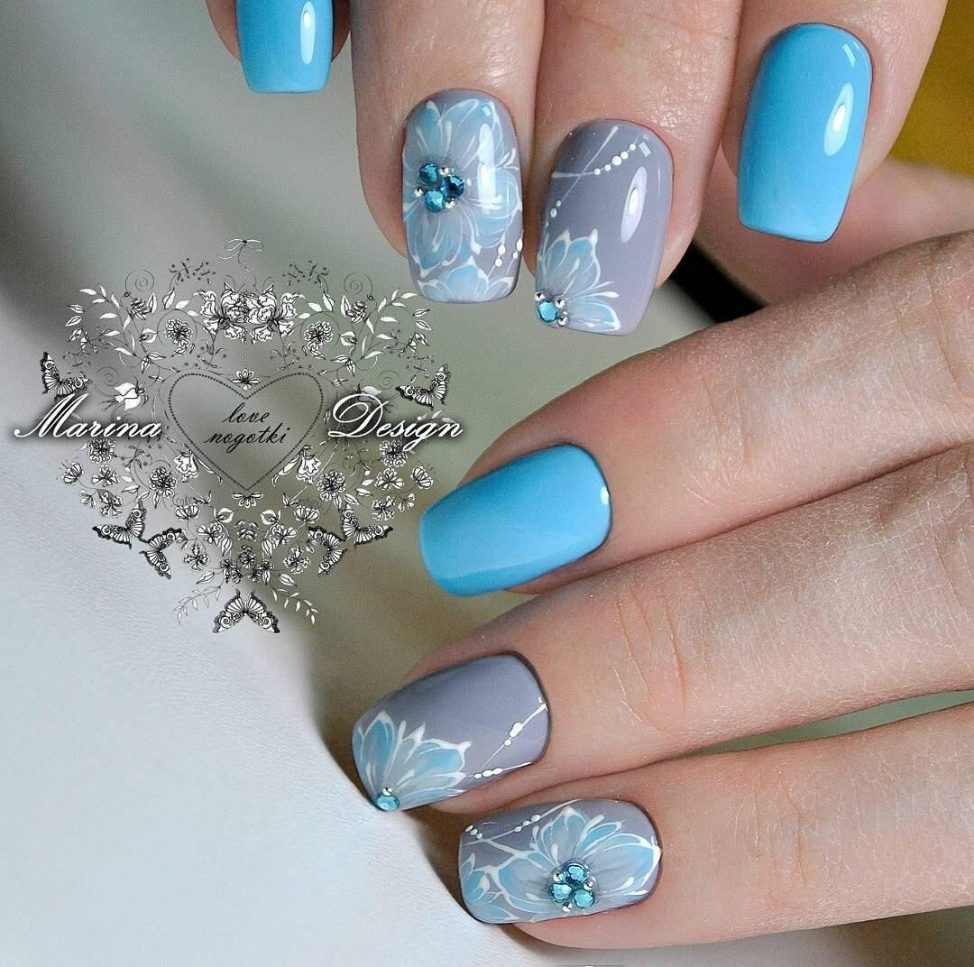 ногти картинка голубые нежный макияж