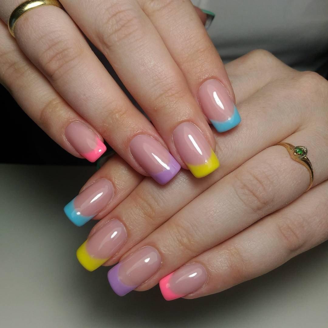 начала картинки ногтей с разноцветным френчем фото там