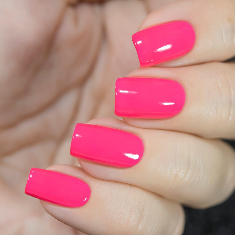 Розовый цвет гель лака фото