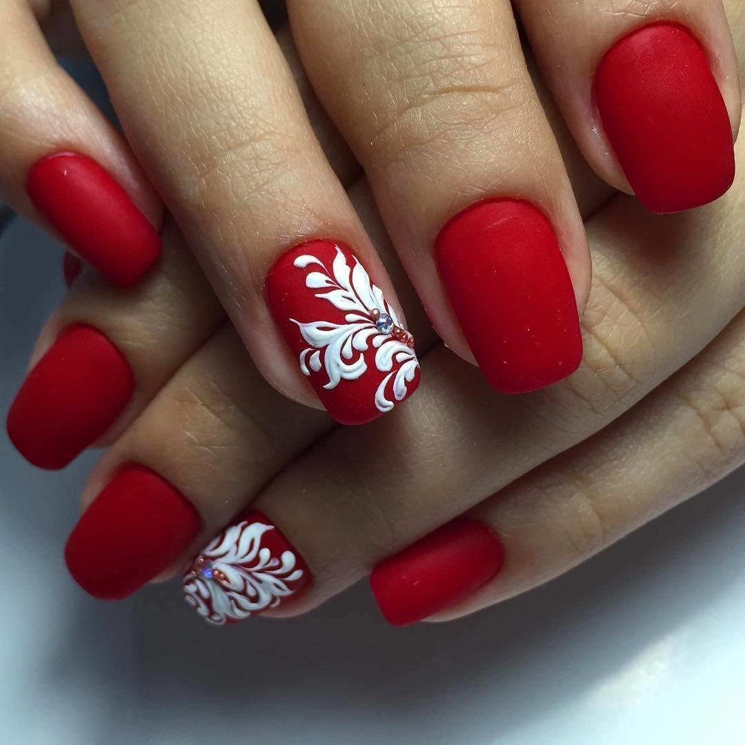 картинки красные ногти с рисунком письме что