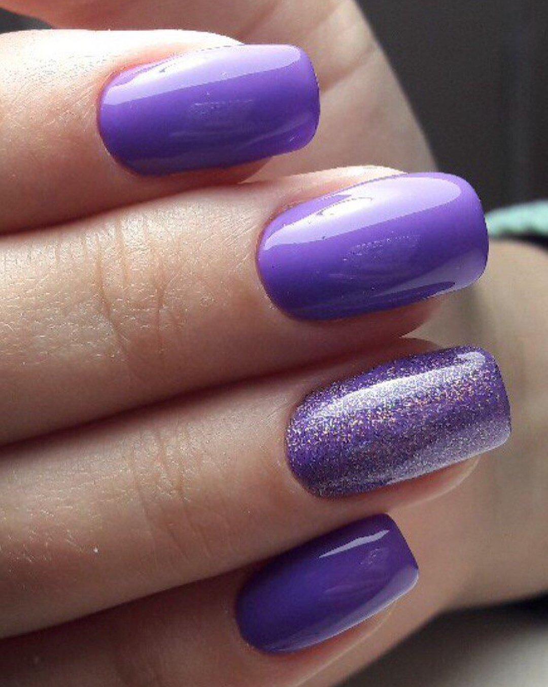 маникюр в фиолетовых тонах фото гармонично