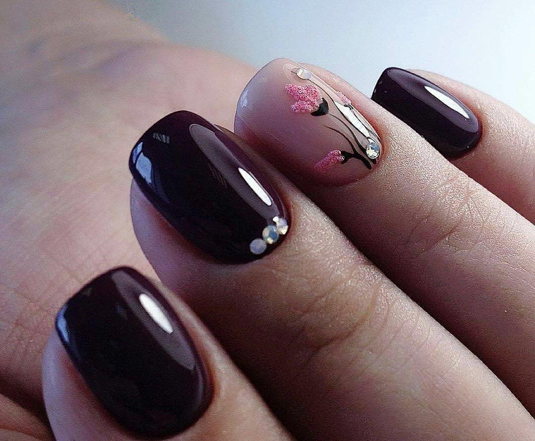 делает фотогалерея дизайна коротких ногтей девушка