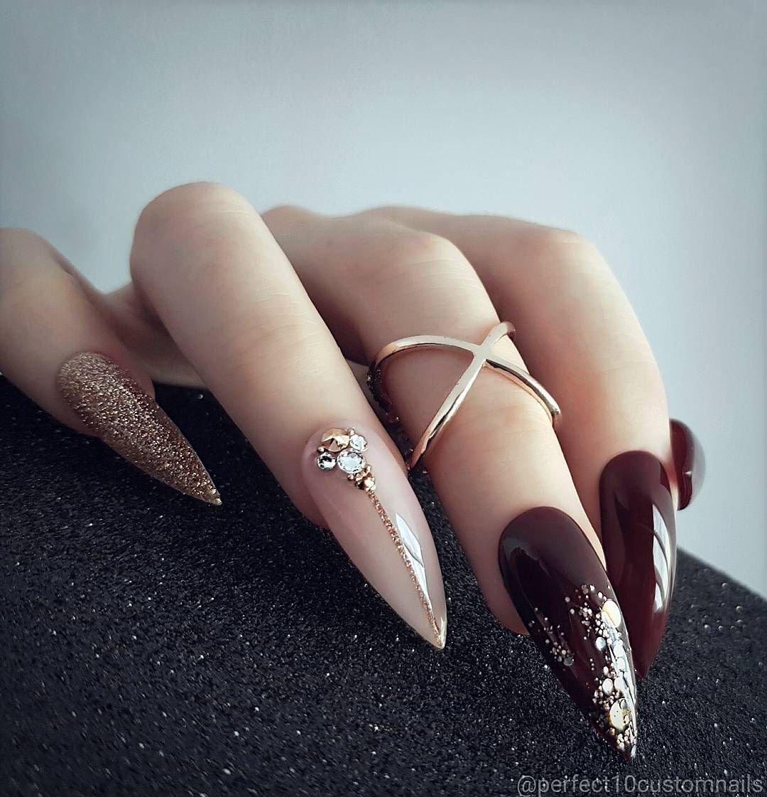 Картинки наращивания ногтей острые