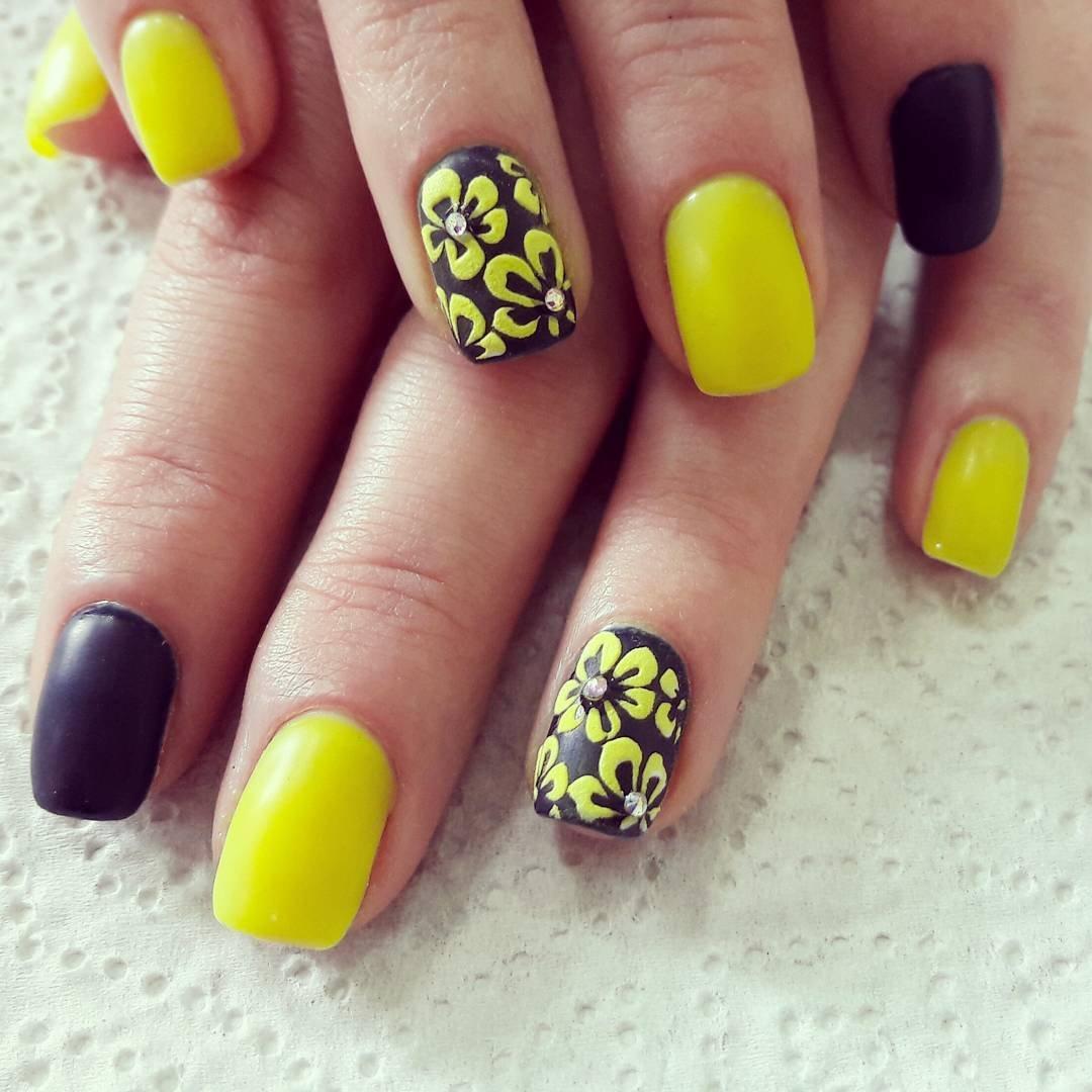дизайн ногтей лимончики фото корней считается