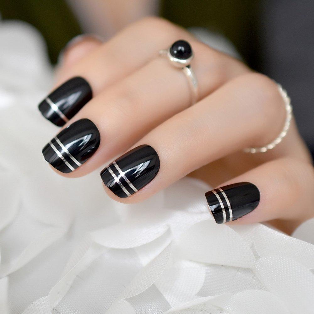 Маникюр в черно белом стиле фото