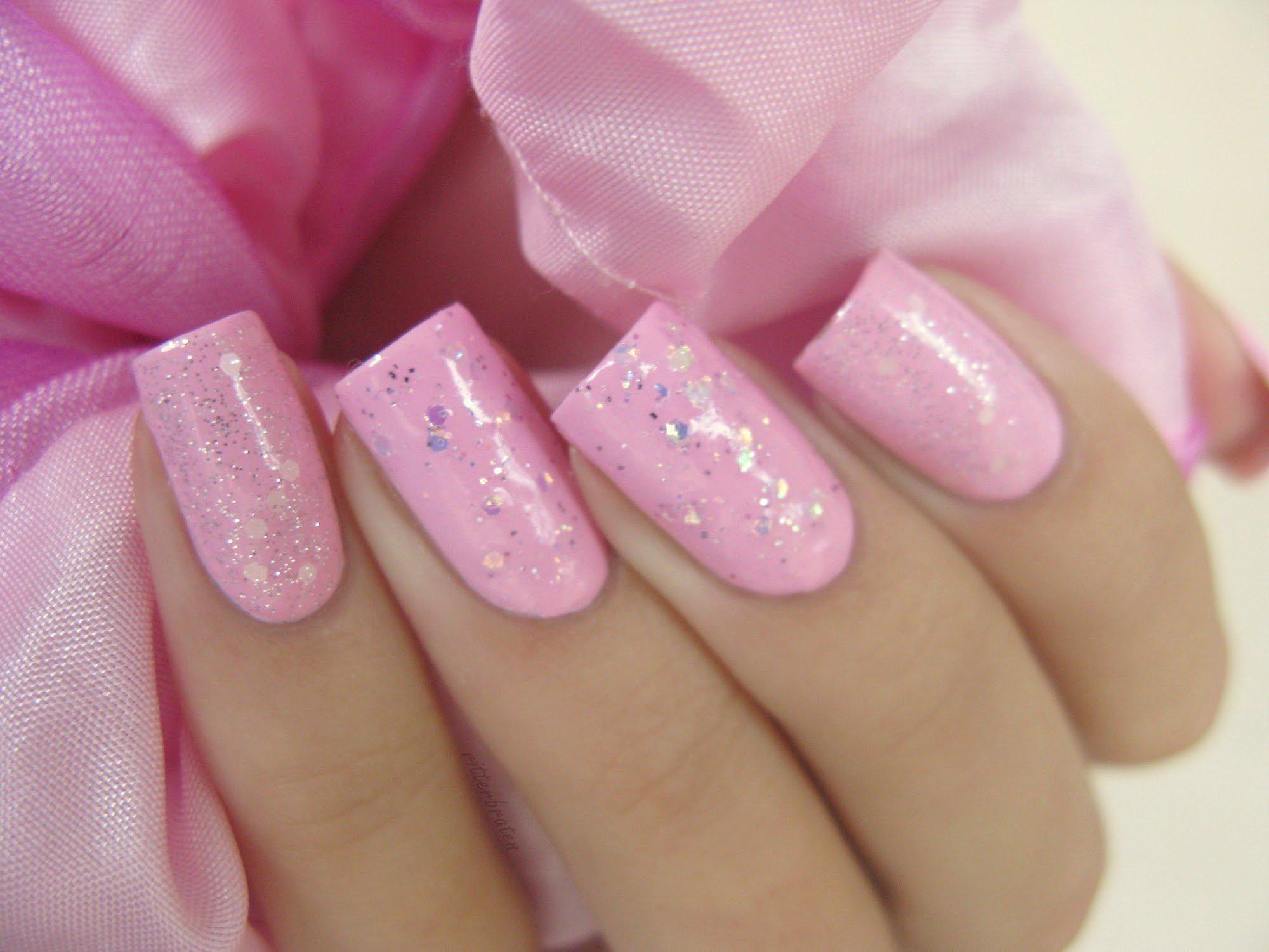 какими особенностями маникюр картинки розовый цвет касается