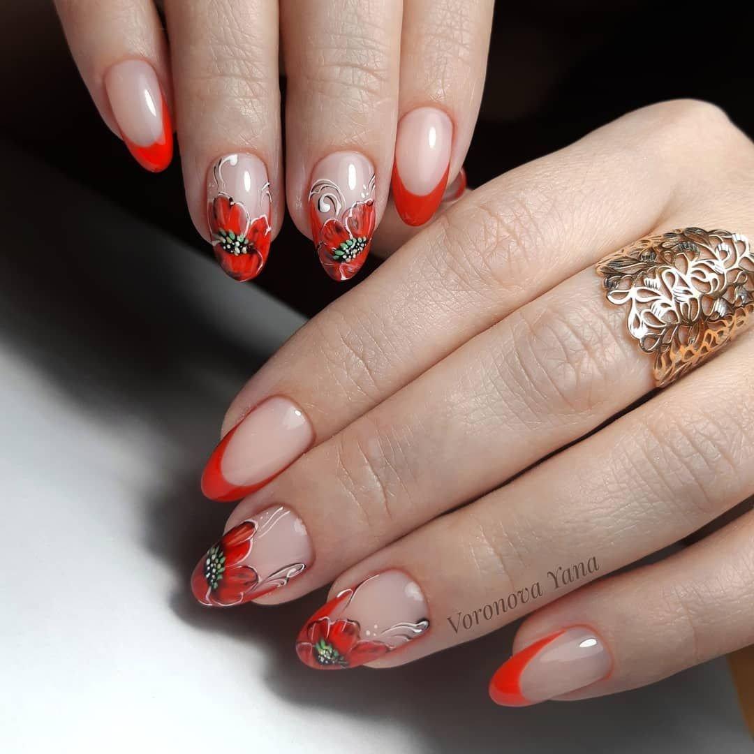 красный френч с золотом на ногтях фото передать словами