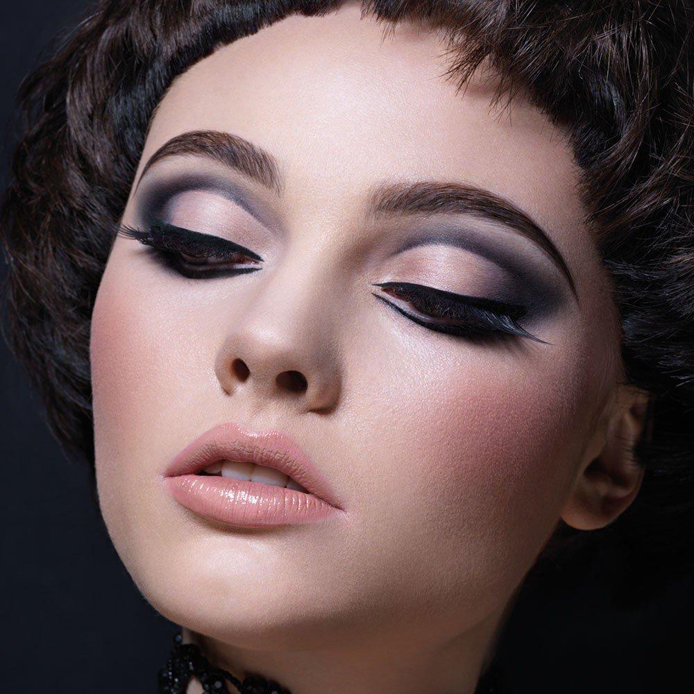 Реалистичный макияж фото