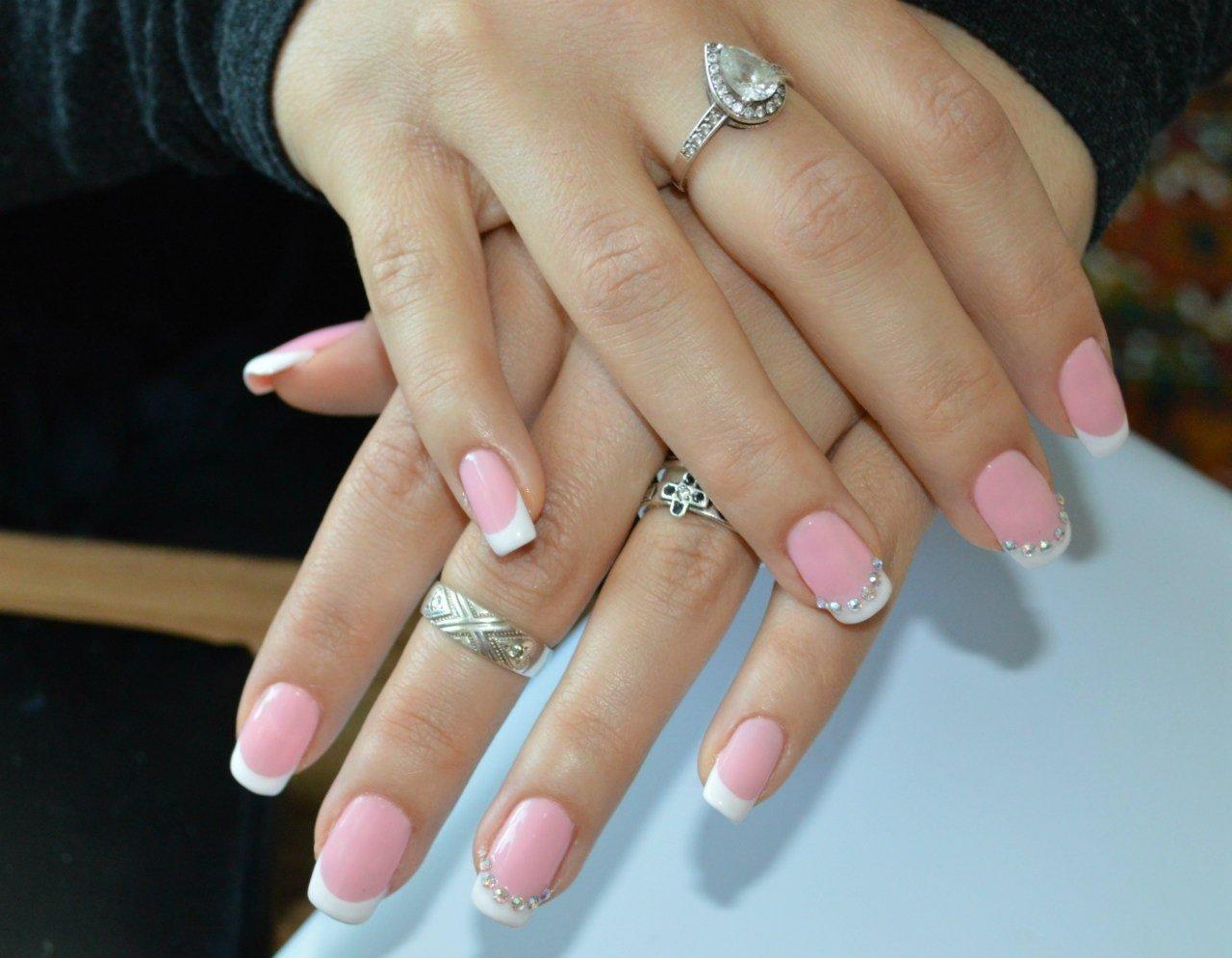 картинки ногтей френч со стразами вам идею