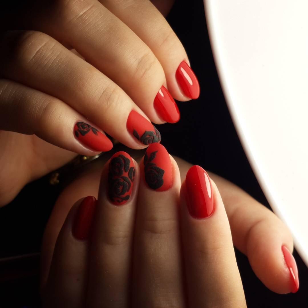 маникюр гель лак черный с красным фото