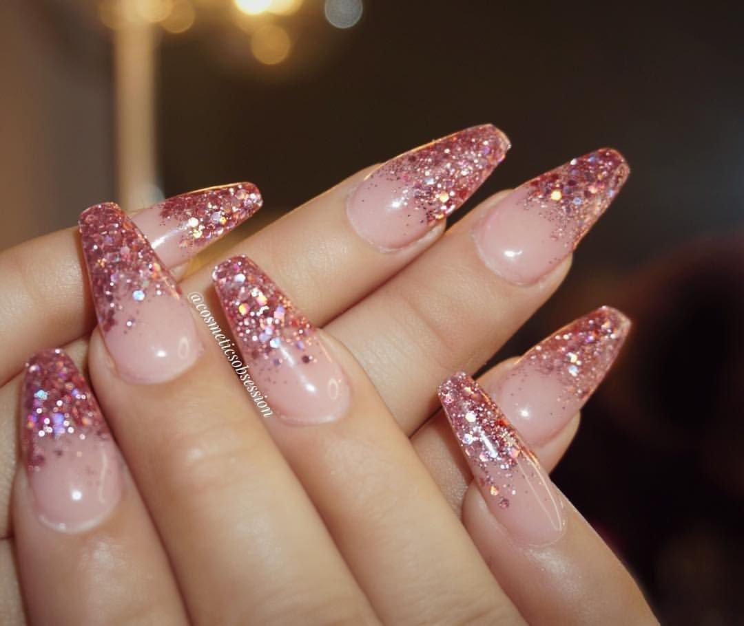 Блестящие нарощенные ногти фото