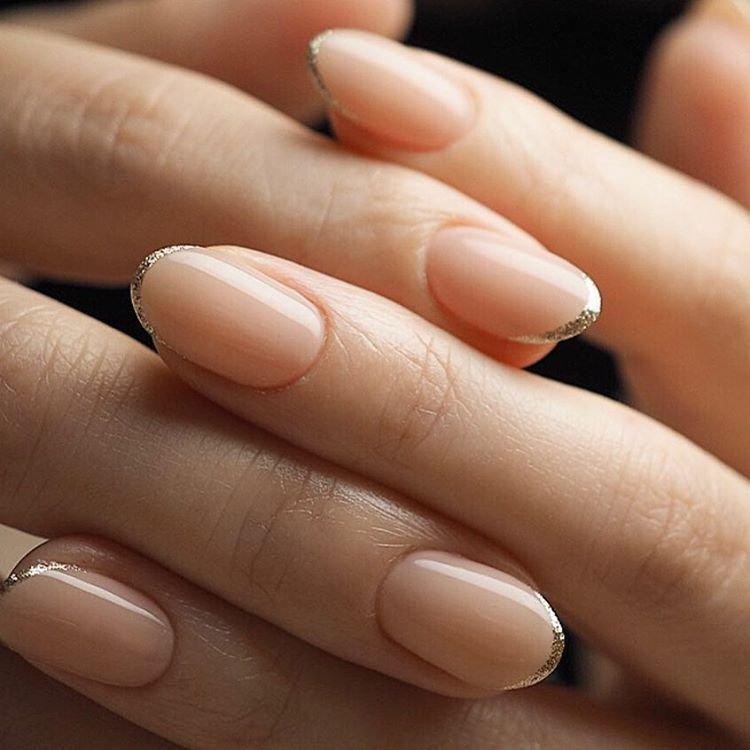 Короткие овальные ногти натуральные фото