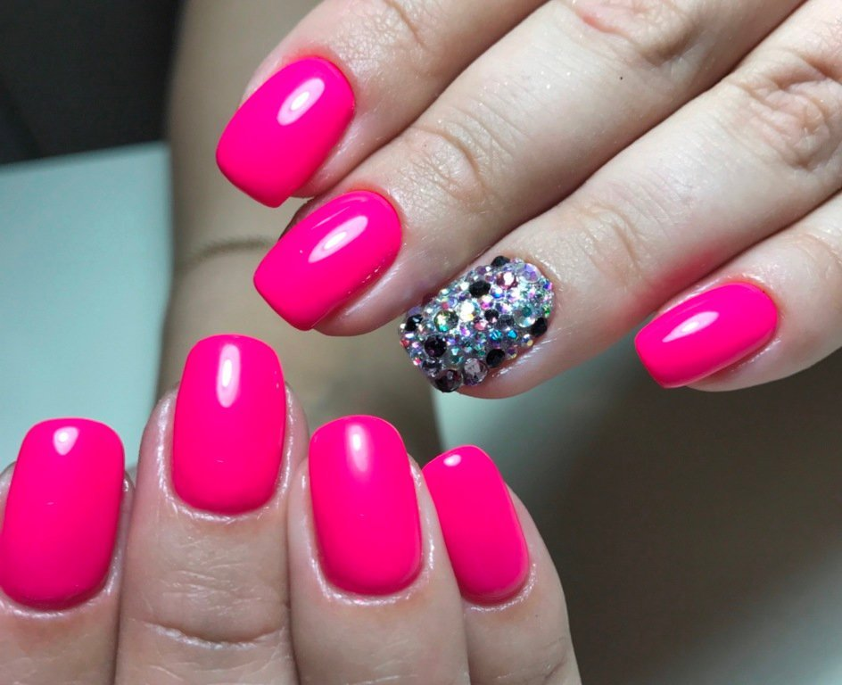 стилистов яркие ногти со стразами фото последнем слове махмудов