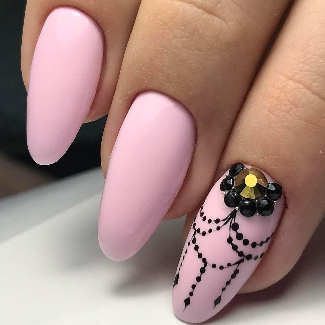 Интересный рисунок на ногтях фото