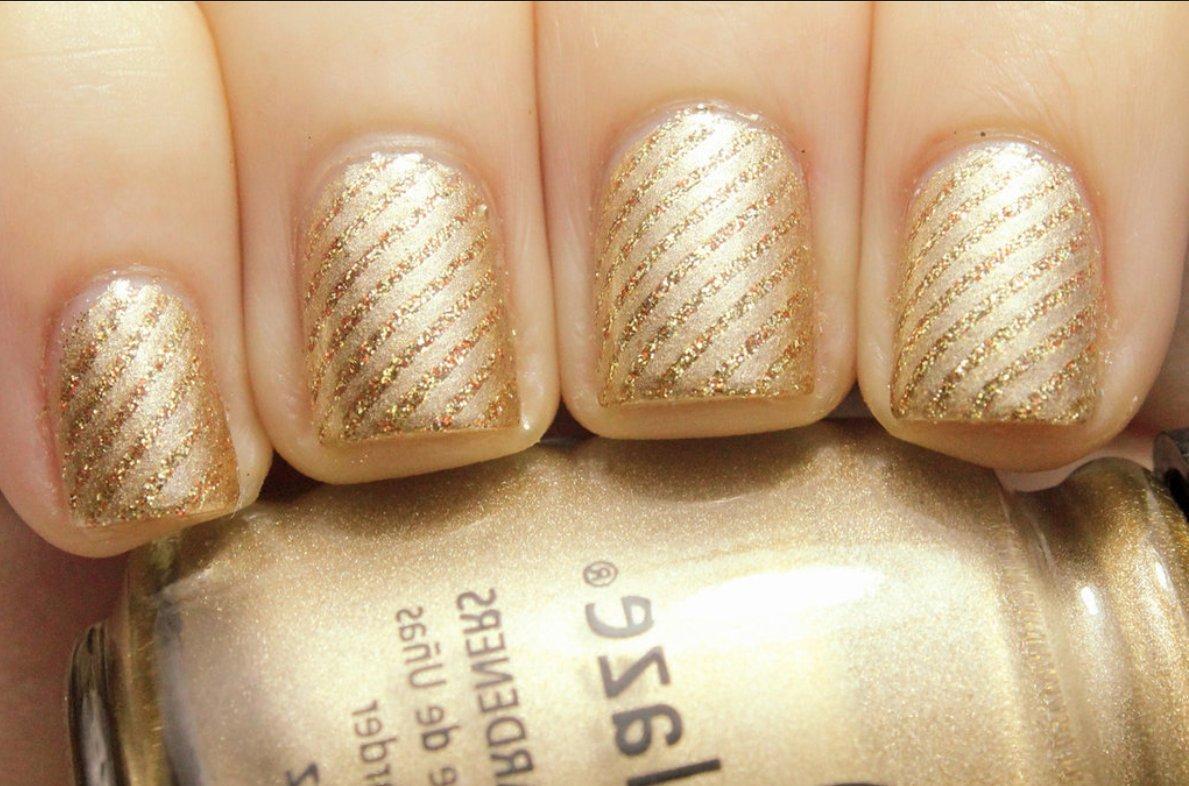 любите золотой лак на ногтях картинки холодную погоду