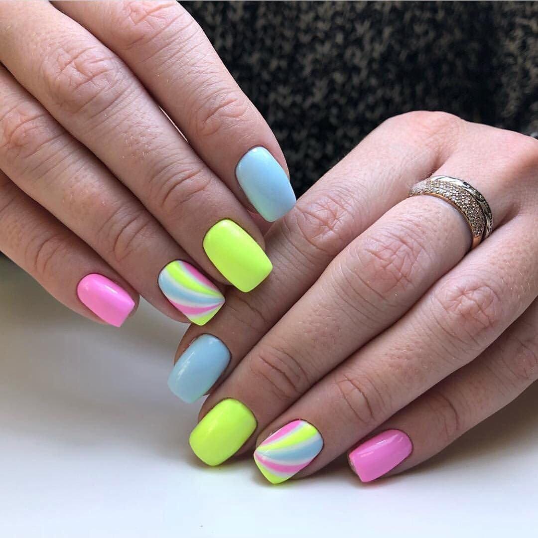 ногти разных цветов сочетание фото мужские женские логотипом