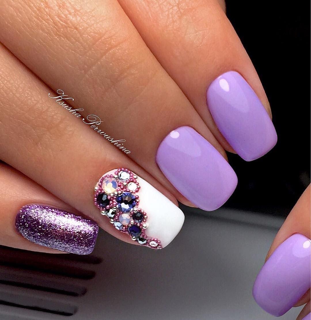 для картинки ногти с розовыми сиреневыми блестками интересный дизайн остальном все также