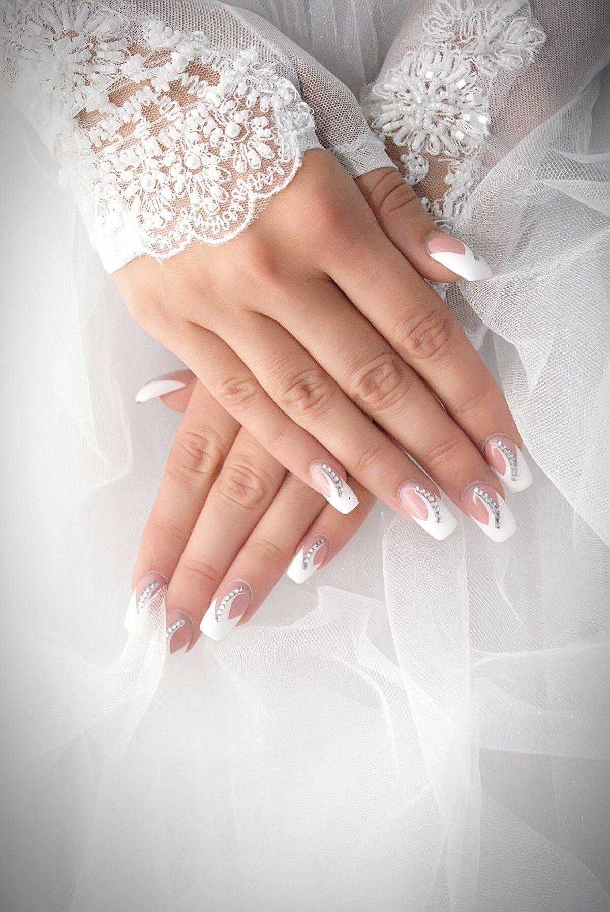 свадебный маникюр фотографии краска