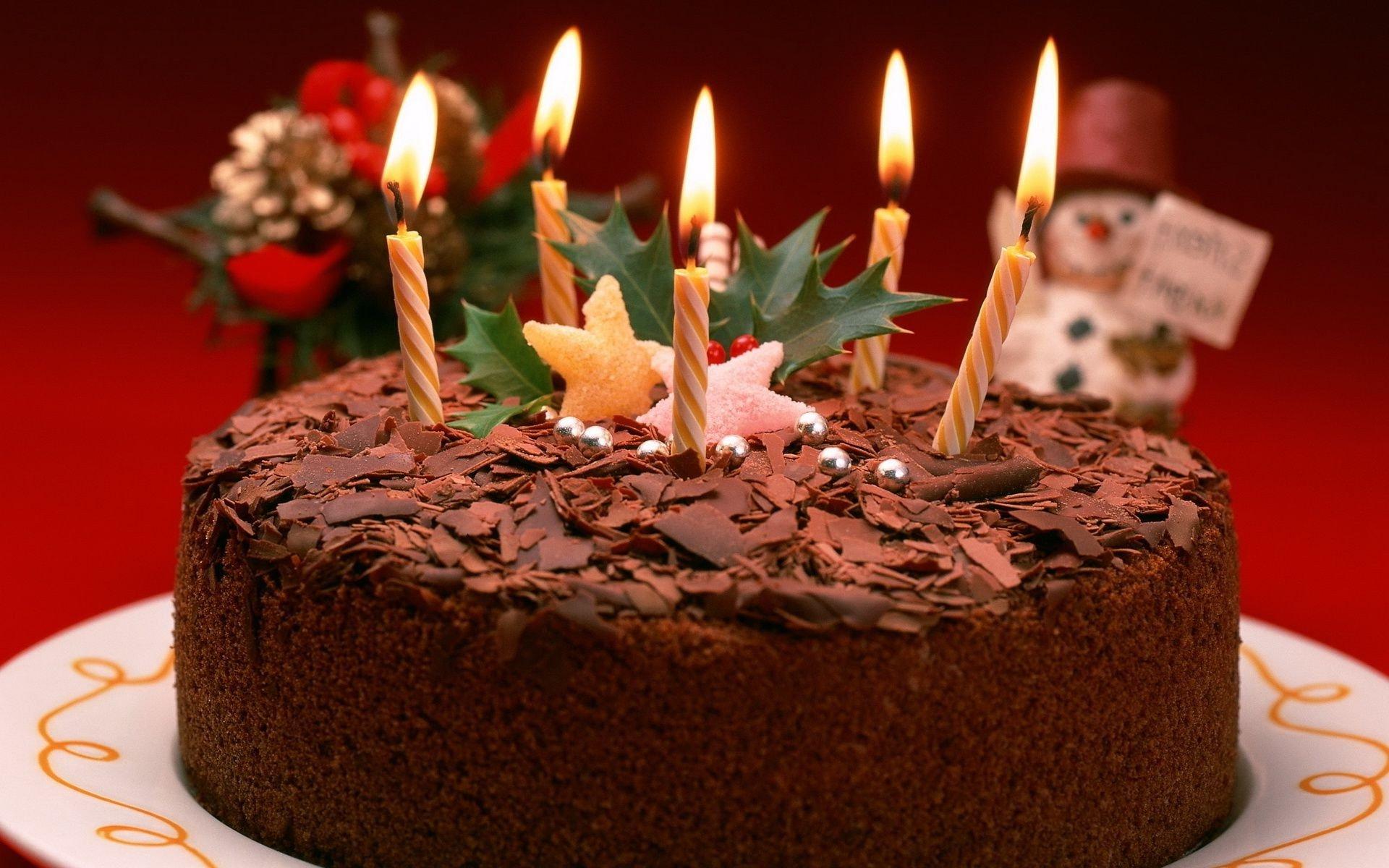 личной торт со свечами открытка с днем рождения маме взрывом дверь