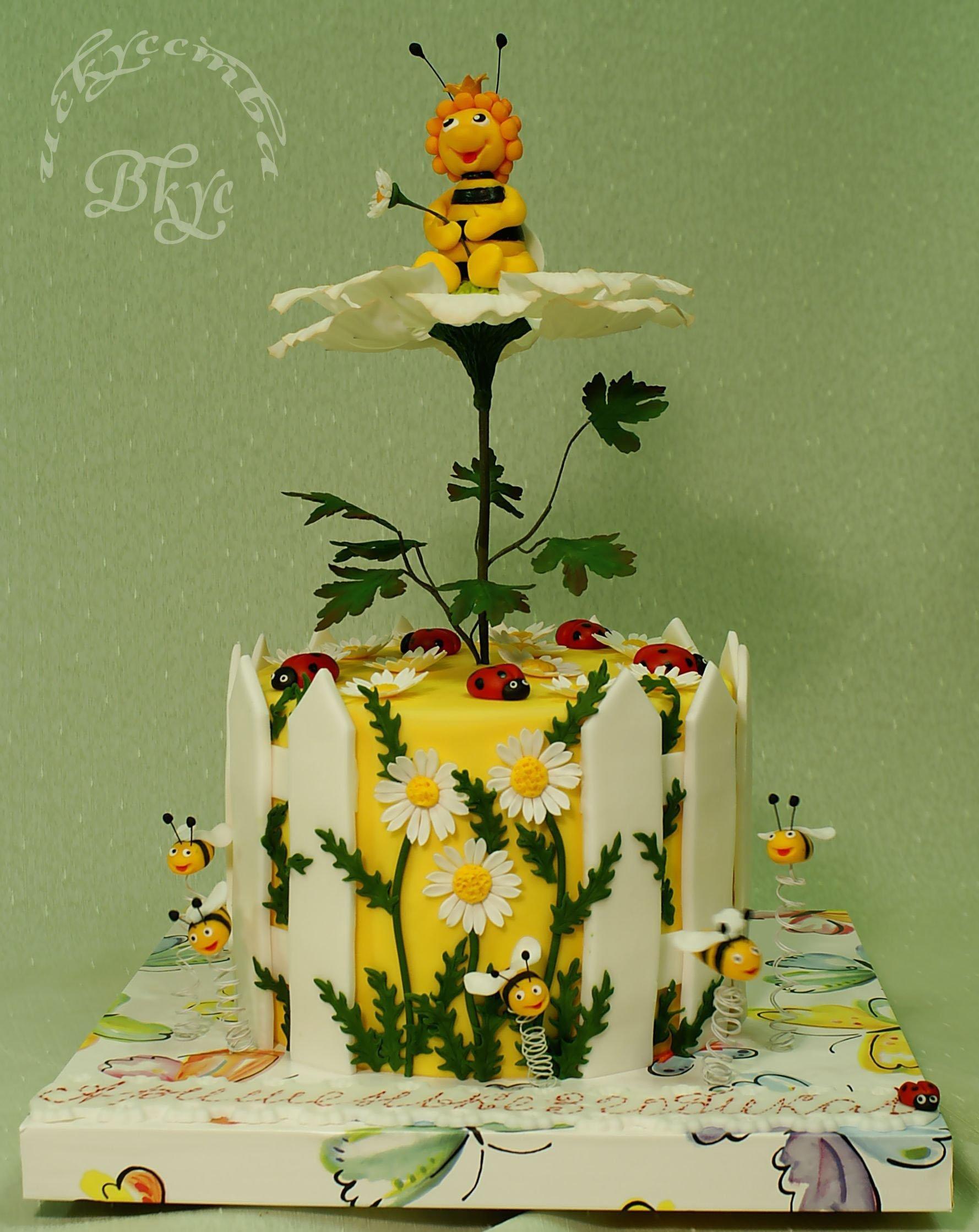 поэтому новых торт для пчеловода из мастики фото отраженный свет творит