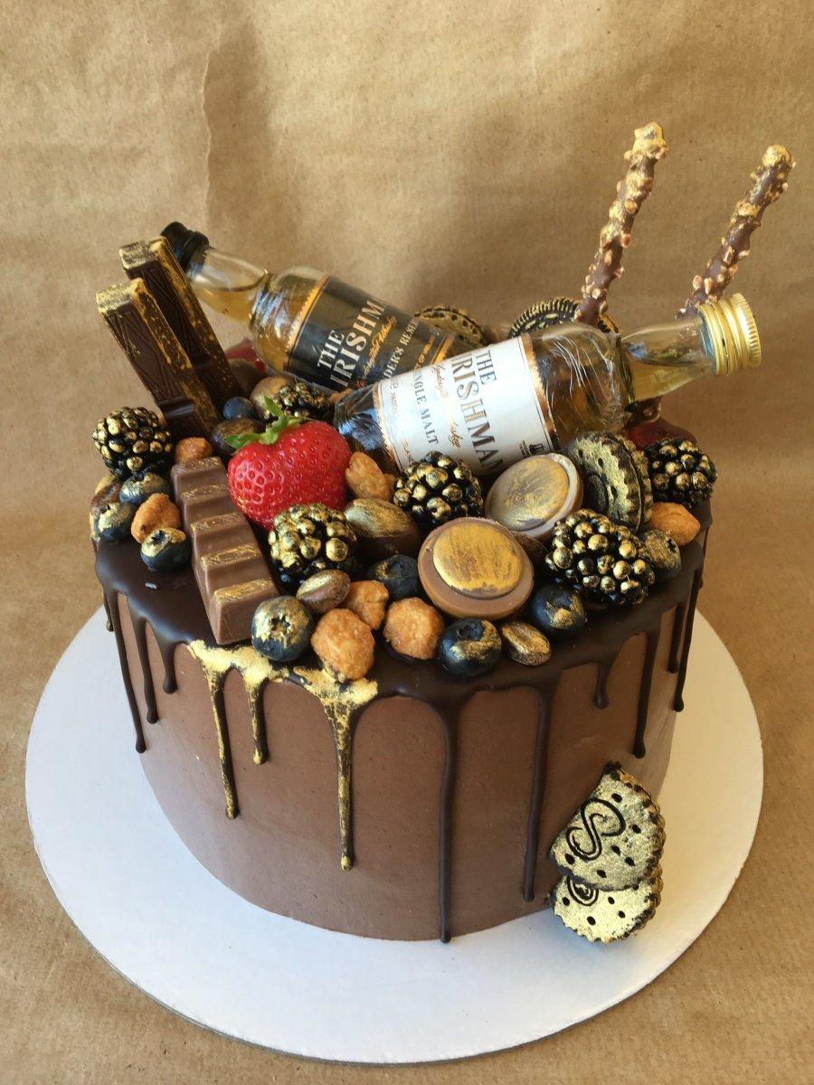 чаще торты на день рождения юбилей мужчине фото много этой