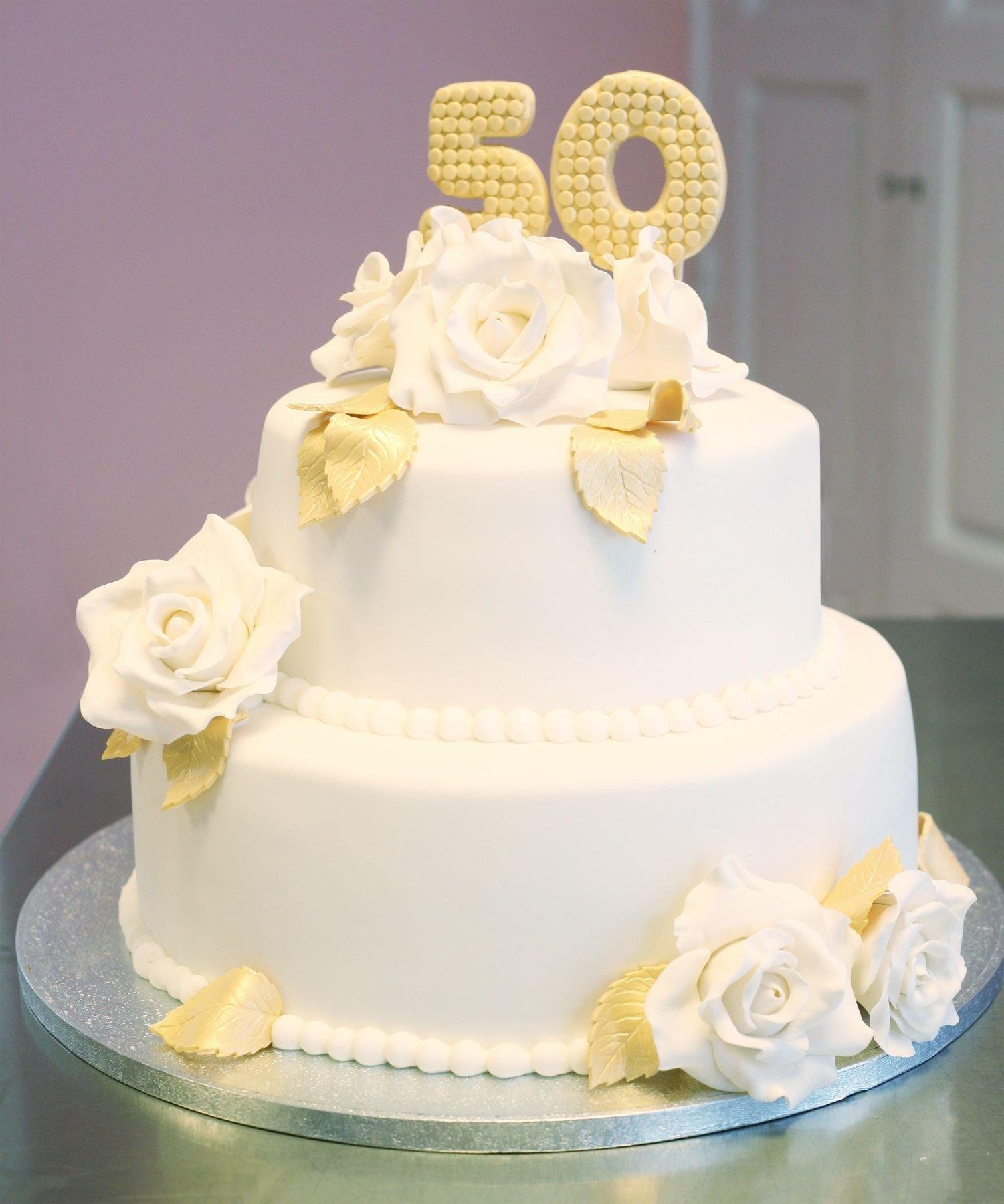 торт на золотую свадьбу фото структурным элементом