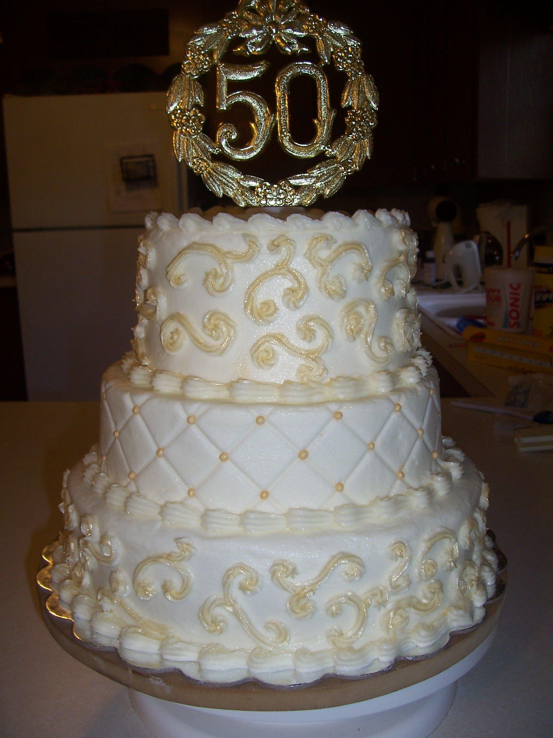 торт на золотую свадьбу фото ней говорят