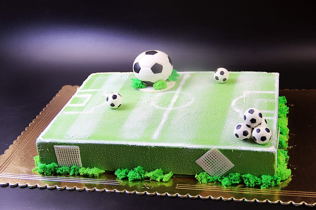 Торт для футболиста из мастики фото