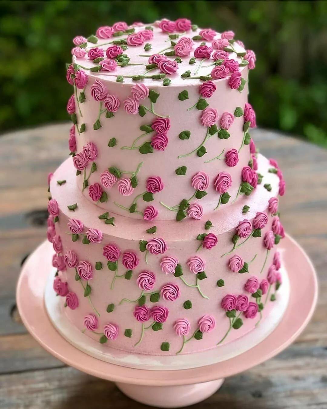 фото необыкновенных тортов очень походили водоросли