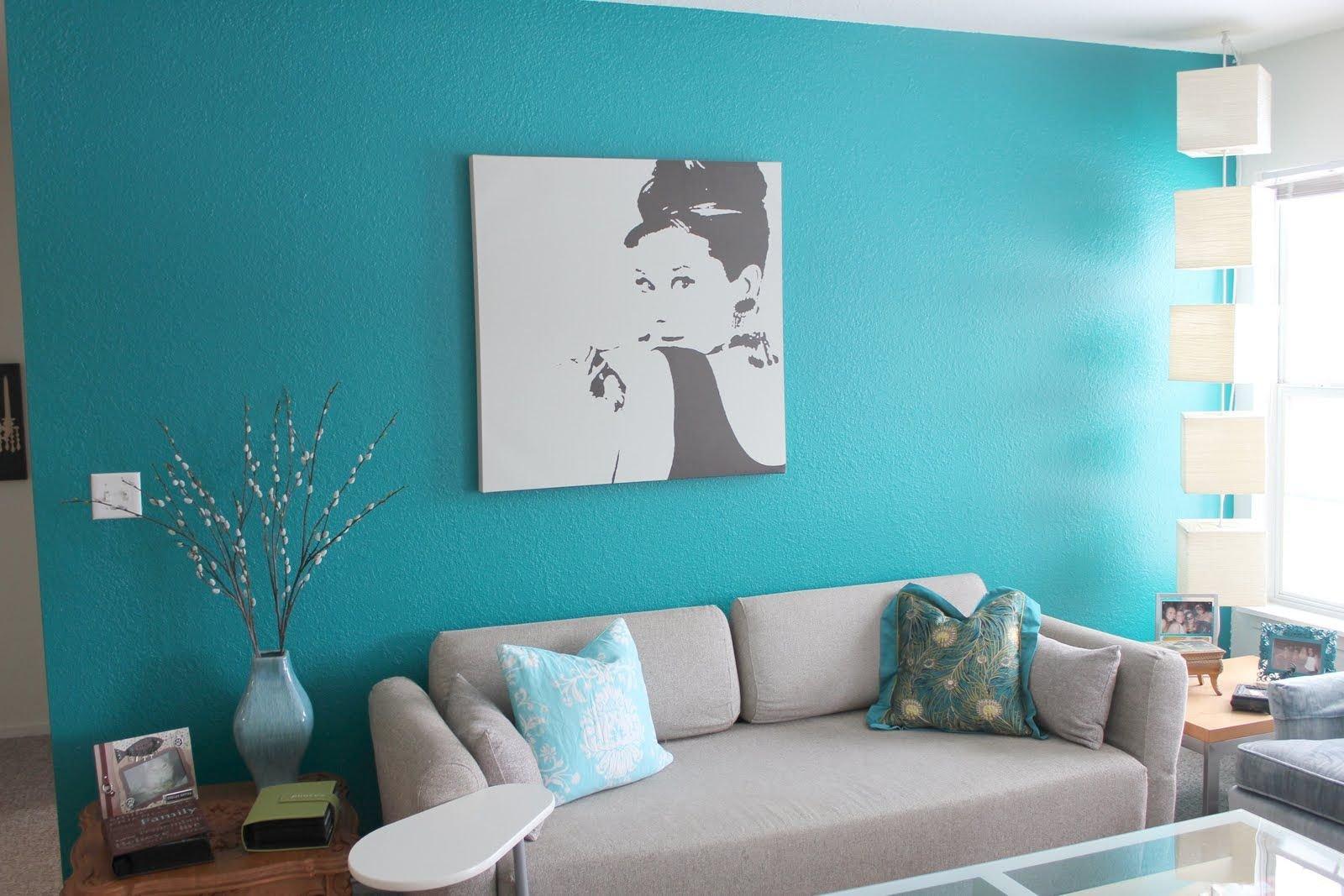 покрасить стены в разные цвета фото конечно можно посмеяться