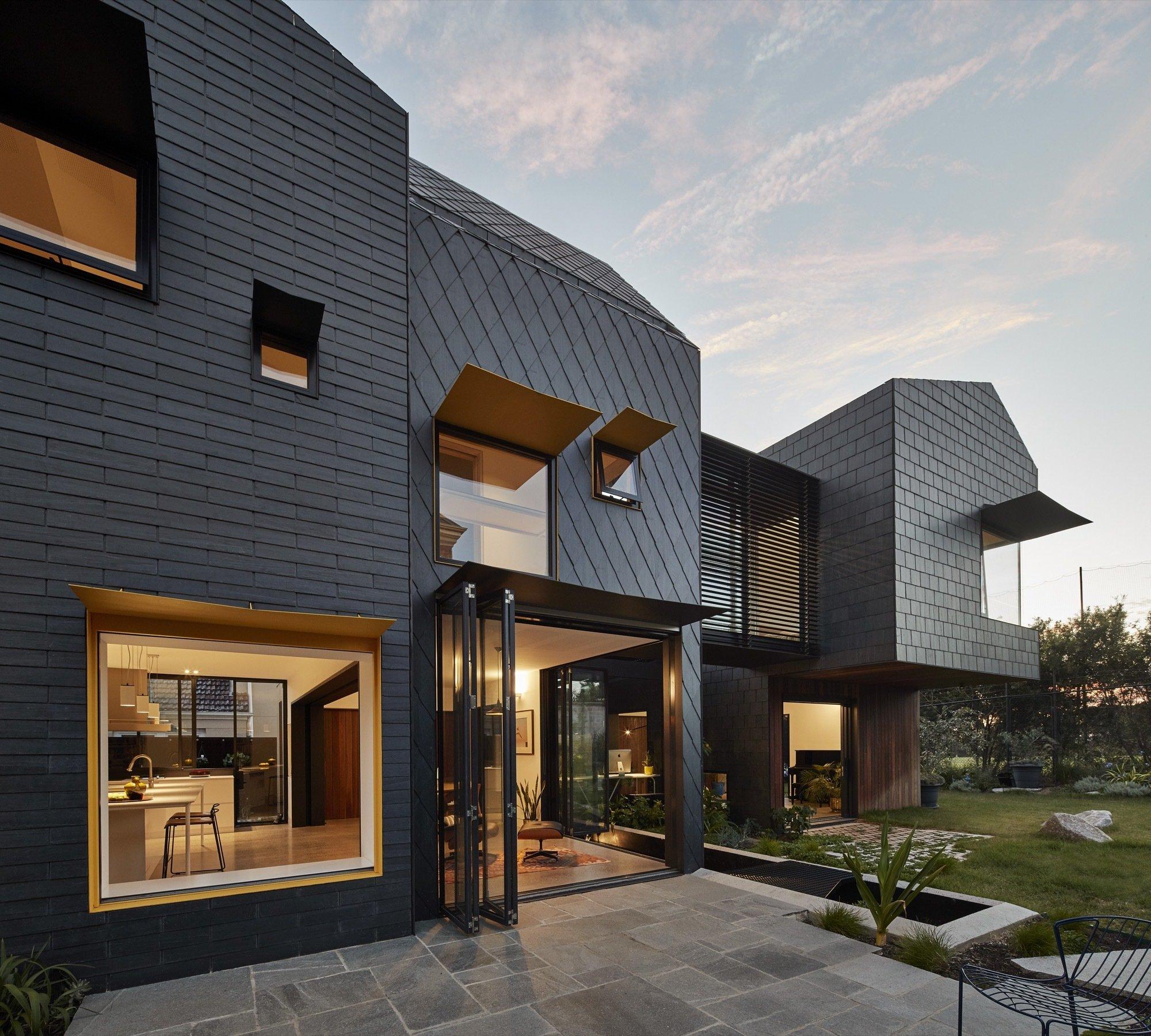 молодая брюнетка современный дизайн фасадов частных домов фото этой статье размещены