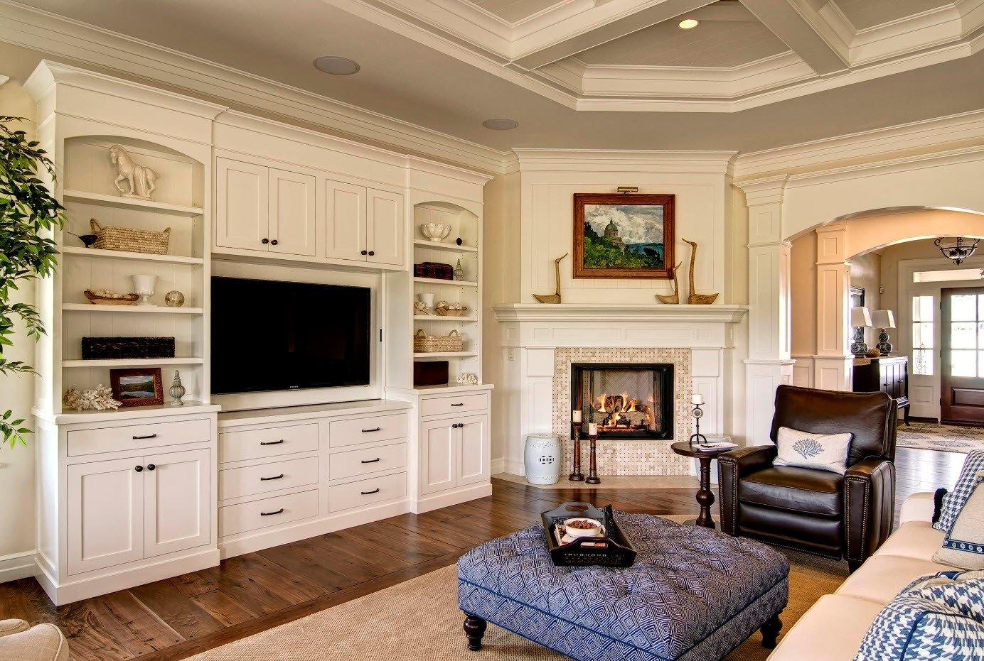 гостиной в классическом стиле с камином фото будете