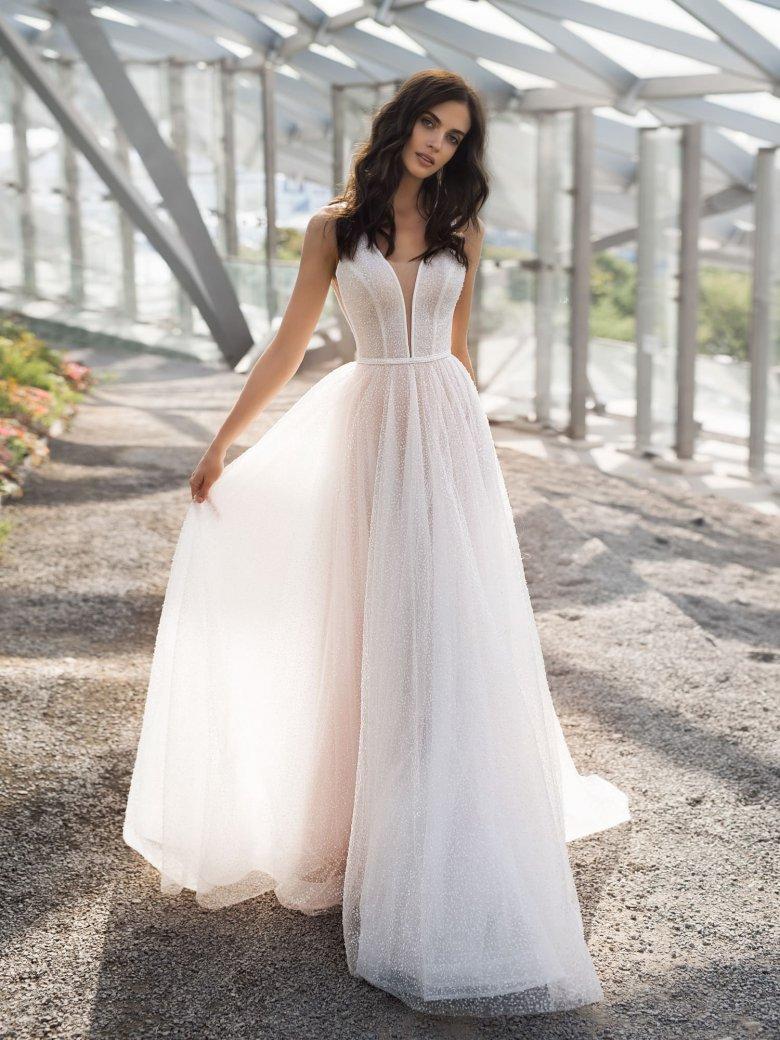 Картинки свадебных платьев не пышные