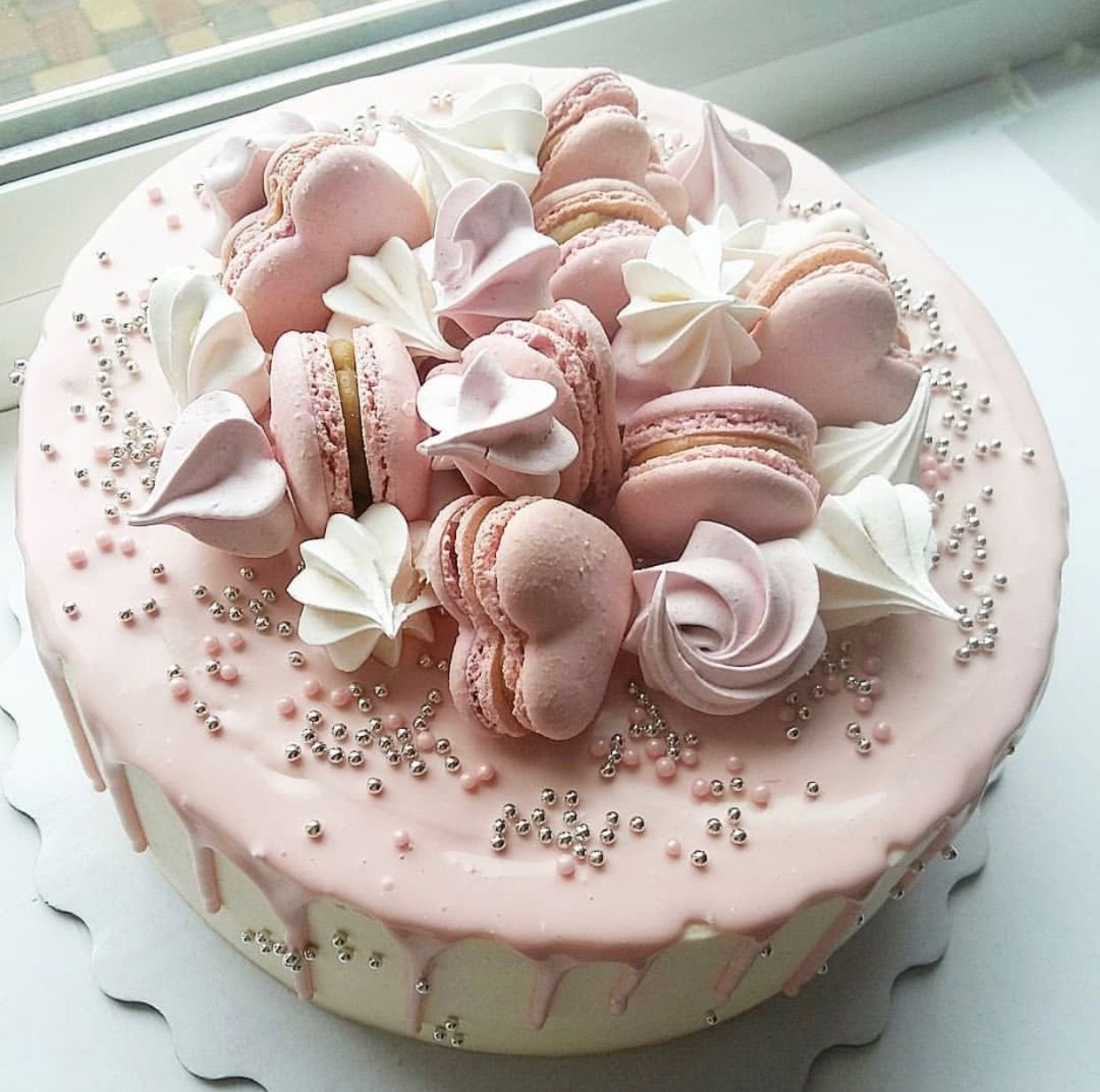 можете как легко украсить торт с безе фото признаком являются его