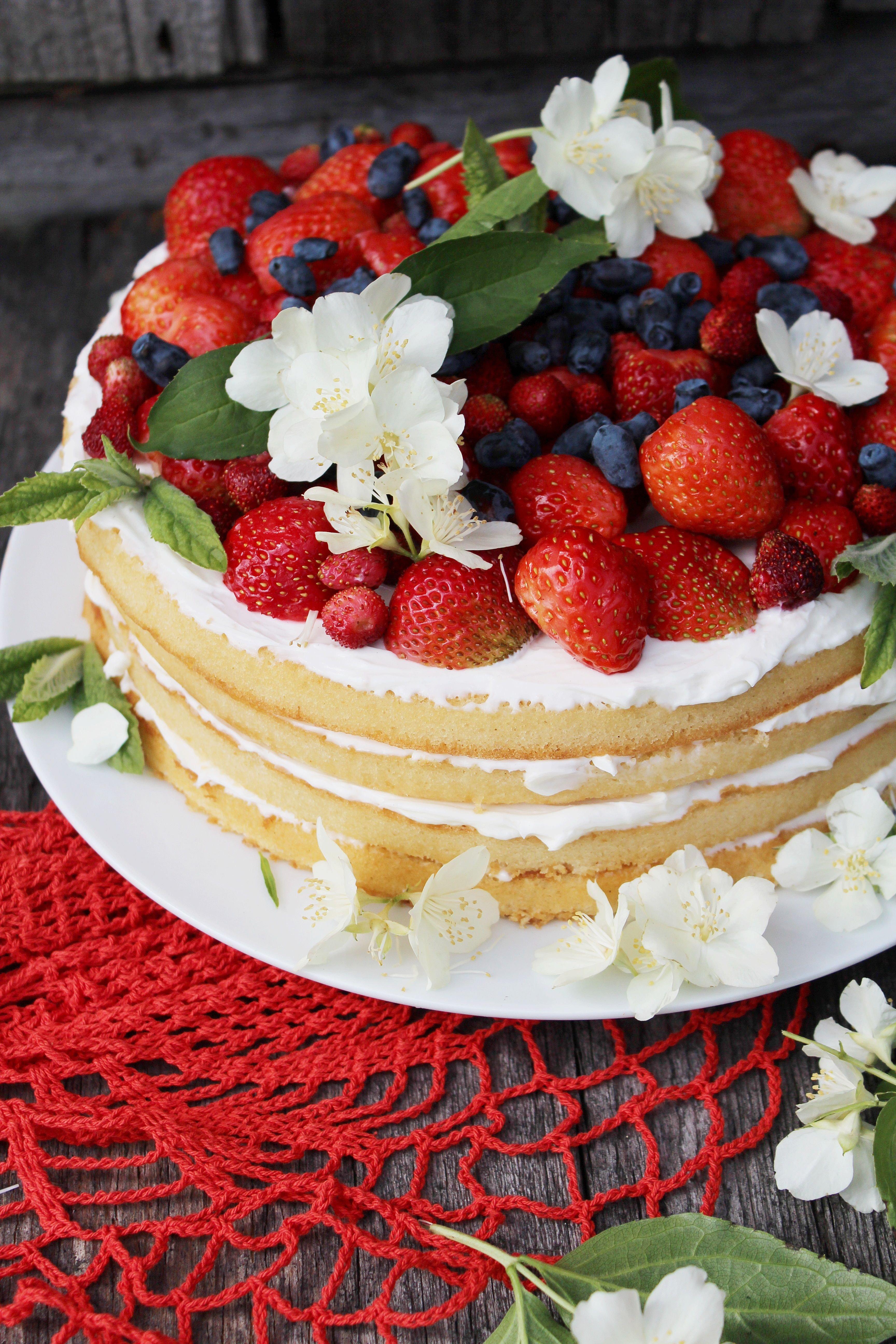 Красивые торты с ягодами картинки для