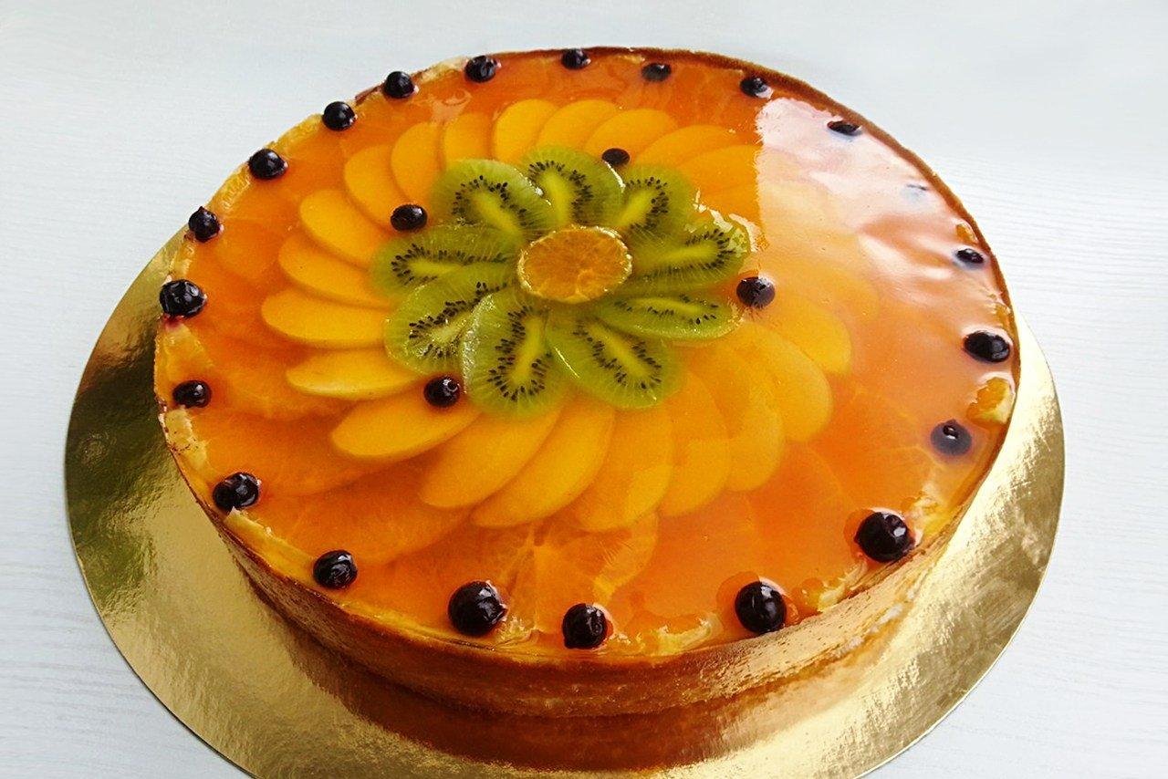 Фото красивого оформления фруктово желейных тортов