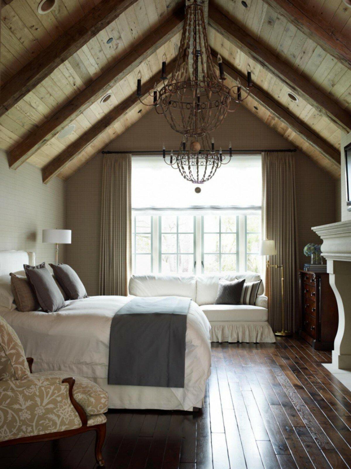 bedroom attics - 700×932