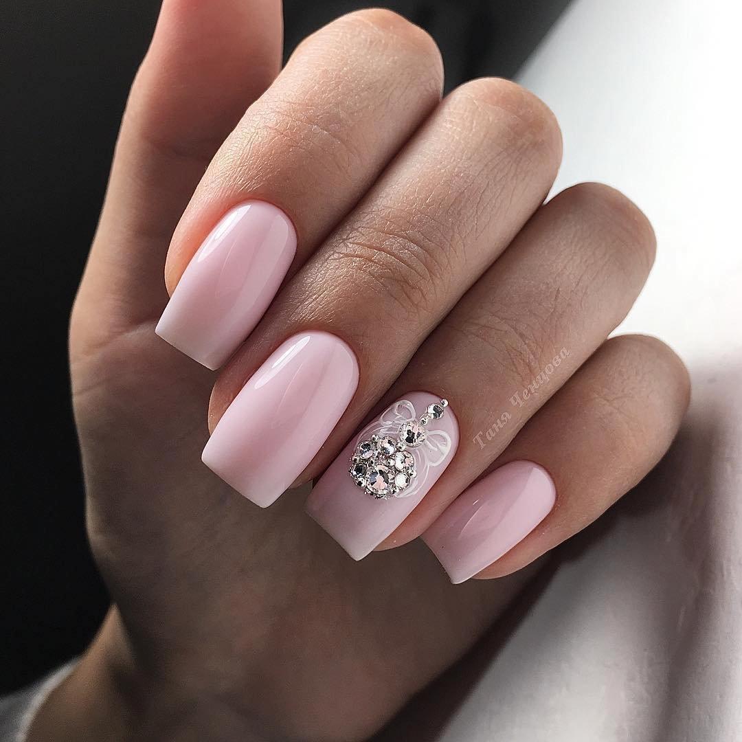 Маникюр дизайн ногтей нежный фото квадратные длинные