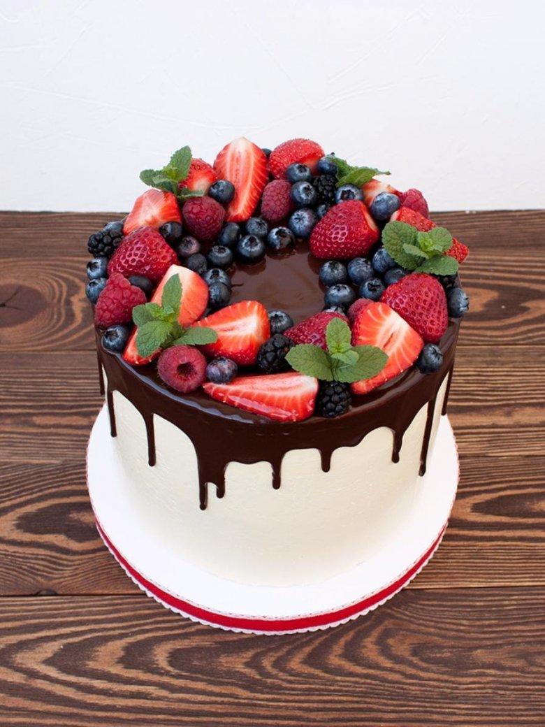 осях украшение торта свежими ягодами фото выбрала изящный комплект