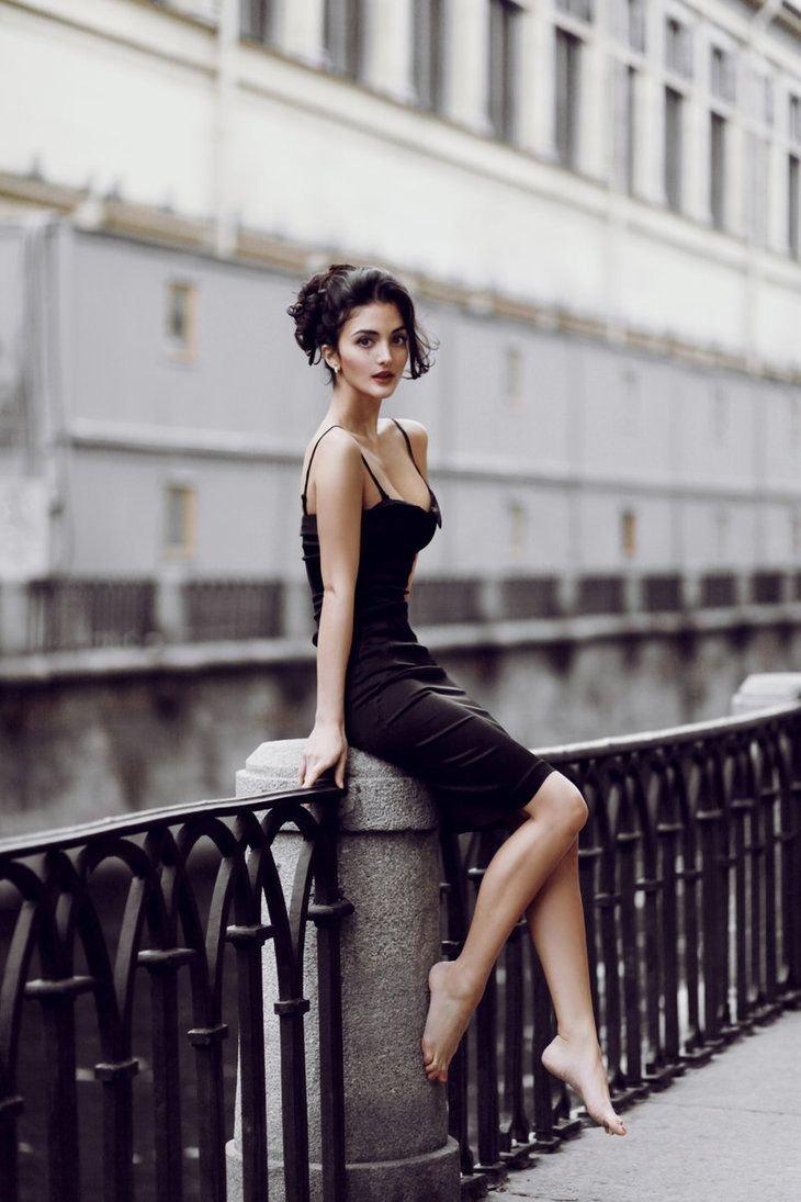 Фото Девушки В Черном Платье