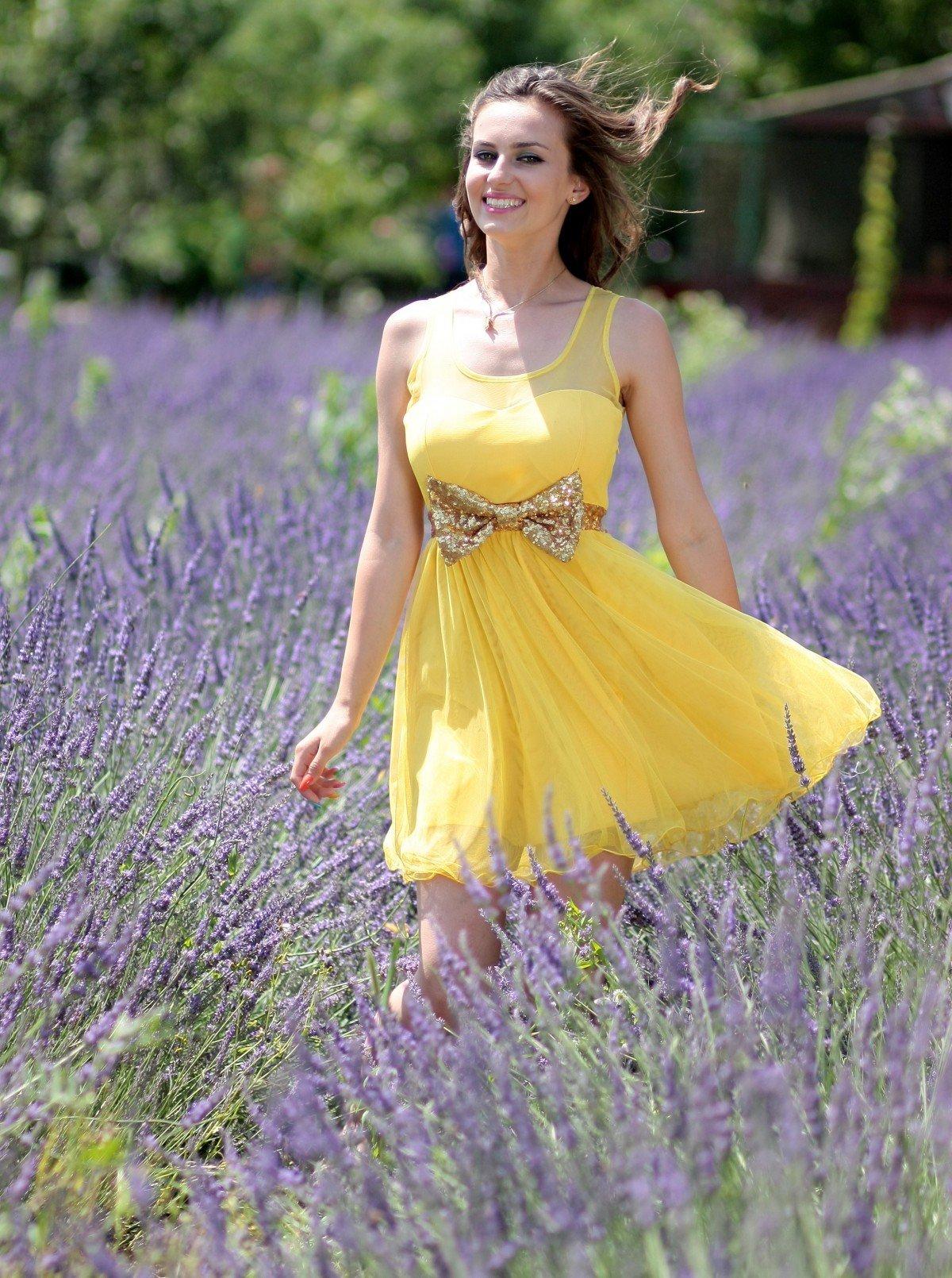 Платья Ярких Цветов Фото