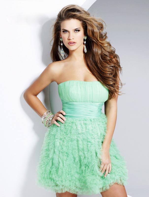 Короткие выпускные платья 2012