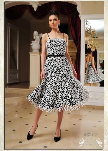 Вечерние платья и летние платья а-ля гламур.
