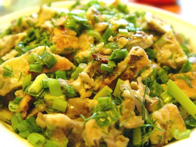салат с грибами маринованными и кукурузой классический рецепт