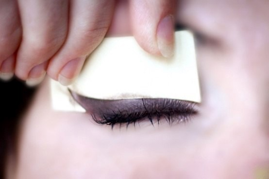Как красиво накрасить глаза в домашних условиях?