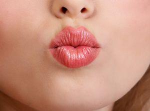 Как сделать губы красными без помады: секреты красоты
